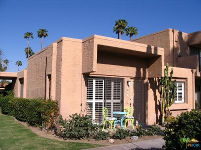 Palm Springs Condo/Townhouse For Sale: 5621 Los Coyotes Drive