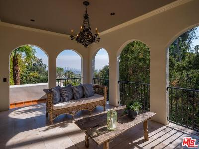 Los Feliz Single Family Home For Sale: 2495 Glendower Avenue