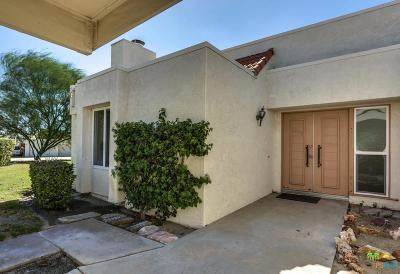 Palm Springs Condo/Townhouse For Sale: 1653 Augusta Plaza #28