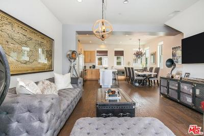 Single Family Home For Sale: 2205 Fox Lane