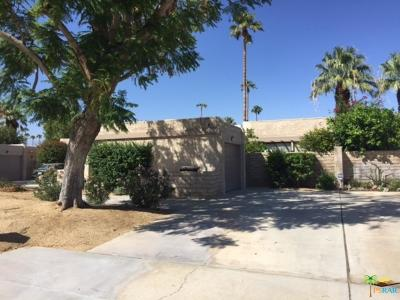 Palm Springs Condo/Townhouse For Sale: 1888 Tamarisk Road