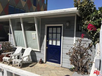 Santa Monica Rental For Rent: 207 Entrada Drive