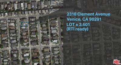 Los Angeles County Single Family Home For Sale: 2318 Clement Avenue