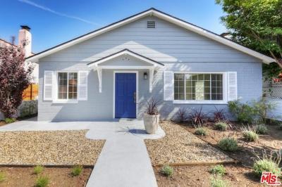 West Hills Condo/Townhouse For Sale: 7137 Shoup Avenue #36