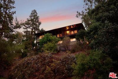 Los Angeles County Single Family Home For Sale: 2458 Zorada Drive