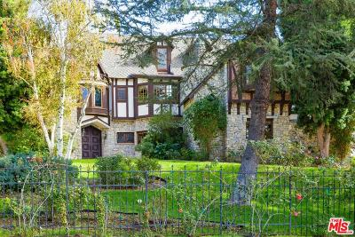 Chatsworth Single Family Home For Sale: 10690 Winnetka Avenue