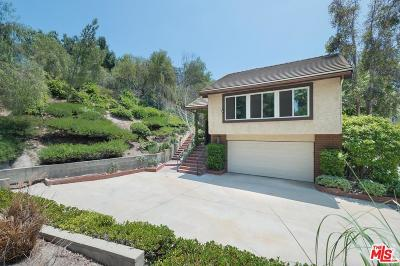West Hills Single Family Home For Sale: 8832 Moorcroft Avenue