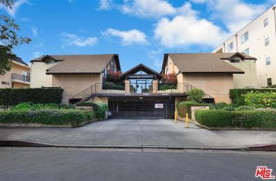 Encino Condo/Townhouse For Sale: 5465 Newcastle Avenue #7