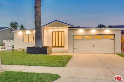 Valley Village Single Family Home For Sale: 5212 Beeman Avenue