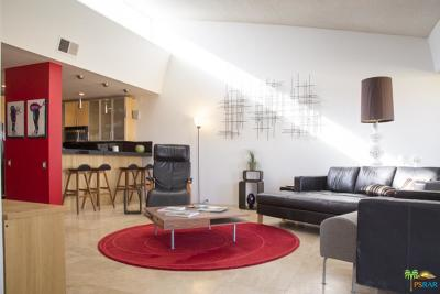 Palm Springs Condo/Townhouse For Sale: 2526 North Whitewater Club Drive #A