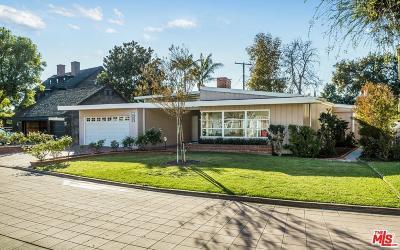 Long Beach Single Family Home For Sale: 19 La Linda Drive