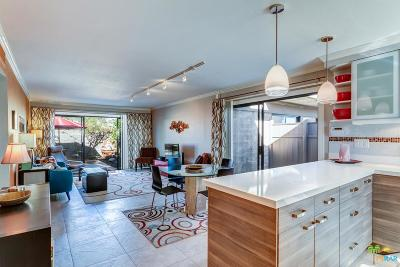 Palm Springs Condo/Townhouse For Sale: 2080 East Sandalwood Drive