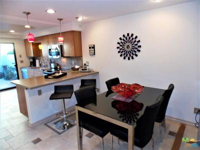Palm Springs Condo/Townhouse For Sale: 2322 Los Patos Drive