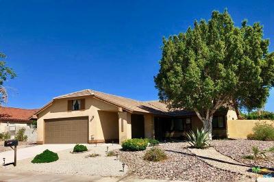 Palm Desert Single Family Home For Sale: 43922 Warner Trails