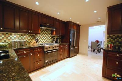 Cathedral City Condo/Townhouse For Sale: 67915 Seven Oaks Drive