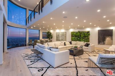 Los Angeles Single Family Home For Sale: 8538 Hollywood
