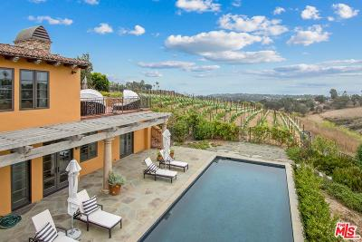 Los Angeles County Single Family Home For Sale: 5941 Kanan Dume Road