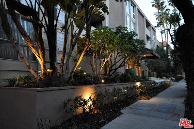 Los Angeles County Condo/Townhouse For Sale: 1025 North Kings Road #215