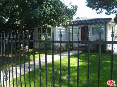 Valley Village Single Family Home For Sale: 5422 Troost Avenue