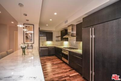 Los Angeles Condo/Townhouse For Sale: 4661 Wilshire #103