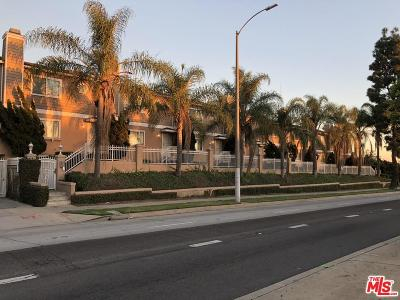 Inglewood Condo/Townhouse For Sale: 10230 Crenshaw Boulevard #3