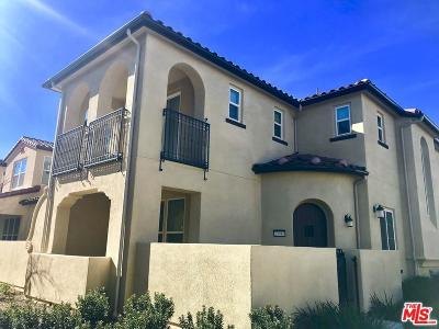 Valencia Condo/Townhouse For Sale: 23916 Calle Del Sol Drive