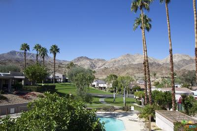 Palm Desert Condo/Townhouse For Sale: 48593 Oakwood Way