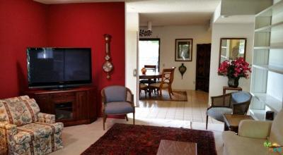 Palm Springs Condo/Townhouse For Sale: 1226 North Tiffany Circle