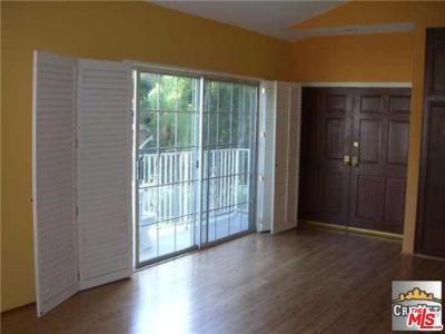 Condo/Townhouse For Sale: 11155 Sunshine Terrace #101