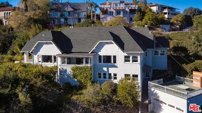 Hollywood Hills East (C30) Single Family Home For Sale: 2338 Hollyridge Drive