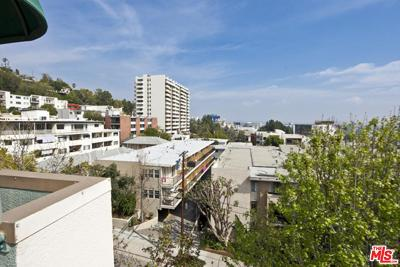 Los Angeles County Condo/Townhouse For Sale: Larrabee Street