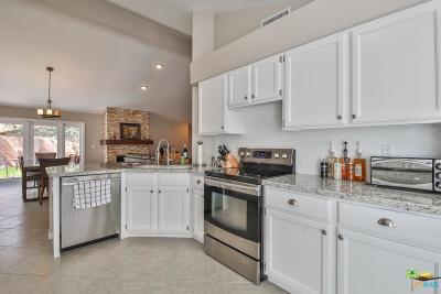 La Quinta Single Family Home For Sale: 52195 Avenida Alvarado