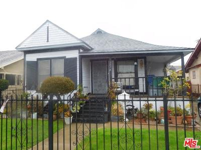 Long Beach Single Family Home For Sale: 2074 Linden Avenue