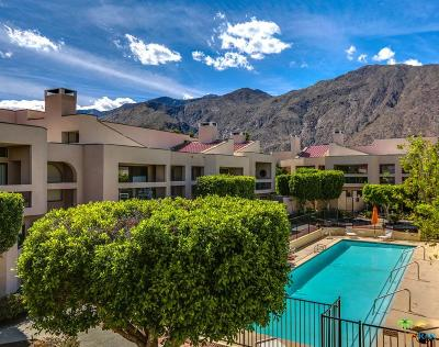 Palm Springs Condo/Townhouse For Sale: 467 West Club Drive