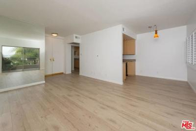 West Hollywood CA Condo/Townhouse For Sale: $649,000