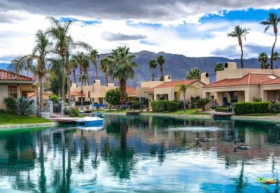Rancho Mirage Condo/Townhouse For Sale: 23 Lake Shore Drive