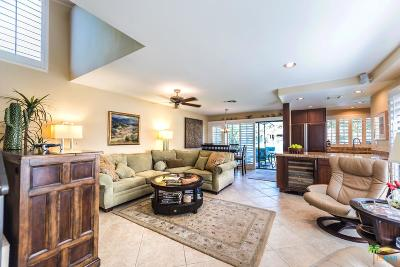 Palm Springs Condo/Townhouse For Sale: 484 East Calle Begonia