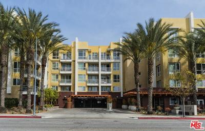 Woodland Hills Condo/Townhouse For Sale: 21301 Erwin Street #240