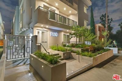 Los Angeles County Condo/Townhouse For Sale: 1326 Centinela Avenue #101