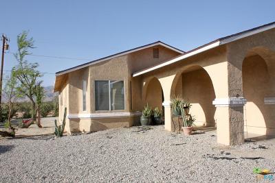 Desert Hot Springs Single Family Home For Sale: 67854 Club House Drive
