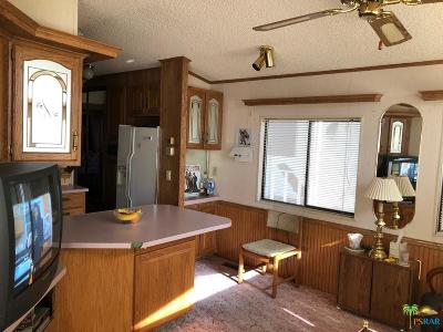 Cathedral City North (335), Cathedral City South (336) Mobile Home For Sale: 69801 Ramon Road #79