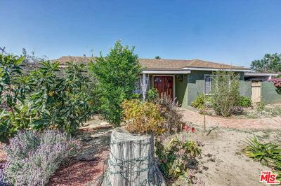 Los Angeles Single Family Home For Sale: 19937 Vanowen Street