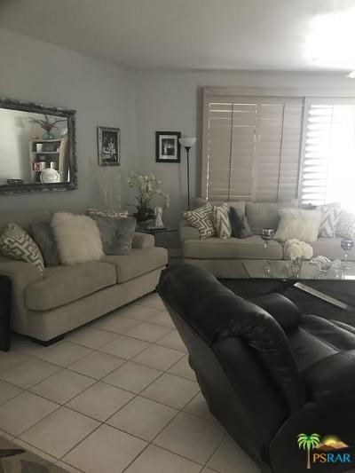 Cathedral City Condo/Townhouse For Sale: 34501 Calle Las Palmas