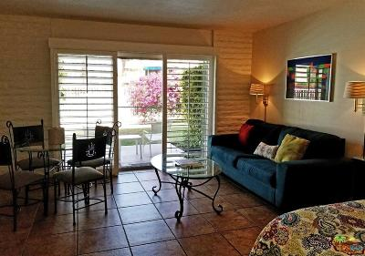 Palm Desert Condo/Townhouse For Sale: 73850 Fairway Drive
