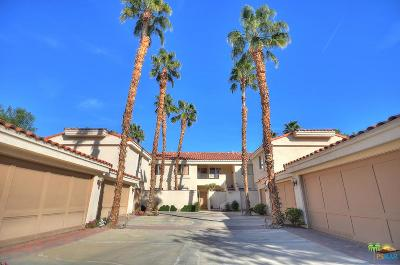 La Quinta Condo/Townhouse For Sale: 55498 Laurel Valley
