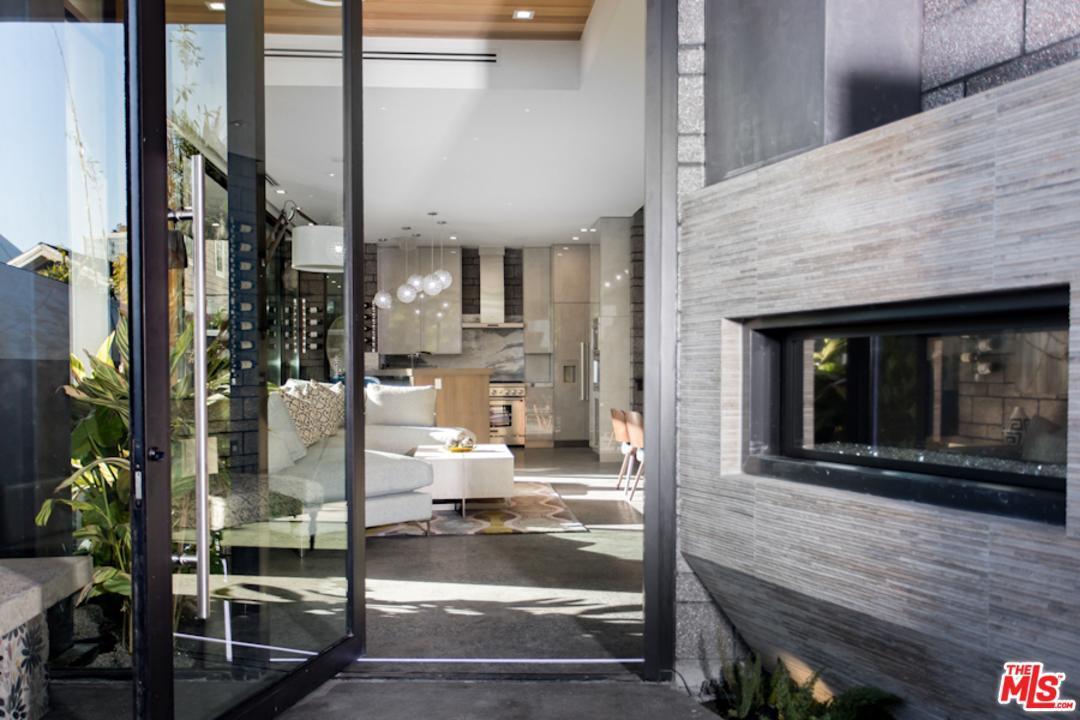 751 California Court, Venice, CA.| MLS# 18335286 | Los Angeles Real Estate  | Anaik Levy