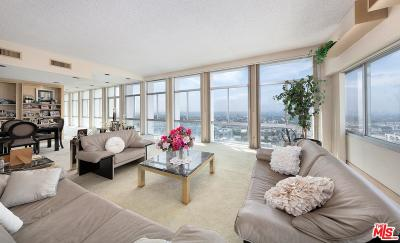 Los Angeles County Condo/Townhouse For Sale: 7135 Hollywood #1201