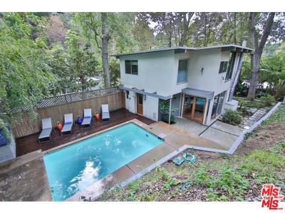 Los Angeles County Single Family Home For Sale: 8011 Willow Glen Road
