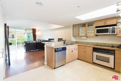 Condo/Townhouse Sold: 13700 Marina Pointe Drive #519