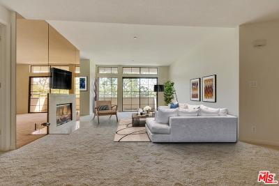 Beverly Hills Condo/Townhouse Sold: 200 North Swall Drive #506